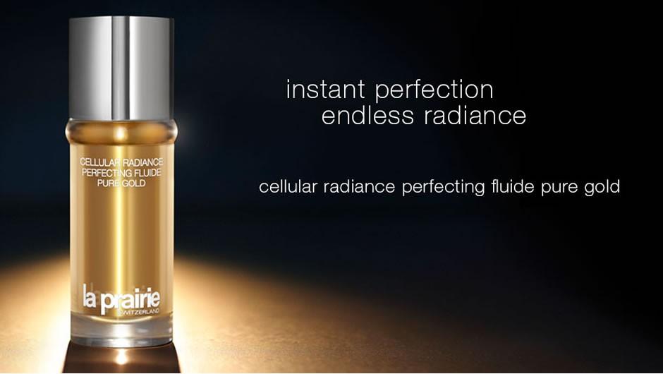 Kolejne arcydzieło pielęgnacyjne – Cellular Radiance Perfecting Fluide Pure Gold!  Błyskawicznie nadaje wygląd nieskazitelnie pięknej skóry, w wyniku działania czystego, sproszkowanego złota i złotych pigmentów odbijających światło